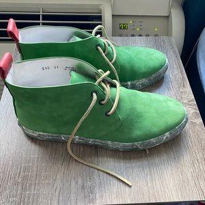 Del Toro   Green/Marble Sole Chukka Boot